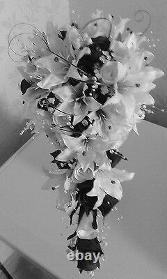 Bouquet De Douche Nuptiale Teardrop Black & White Lily Roses Lily Of Valley & Bling