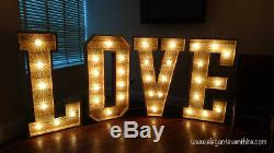 Grandes Lettres Lumineuses 4ft Rustic Wood Love Cabochon Raccords #weddings #events